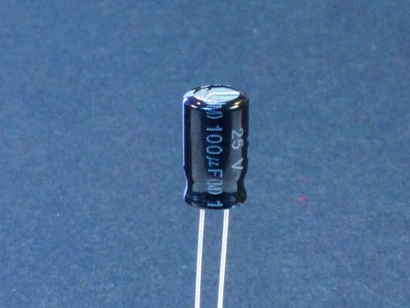 Capacitor Electrolytic 100uf 25v 10 Pack Protosupplies