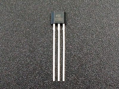 49E Analog Hall Effect Sensor - Front
