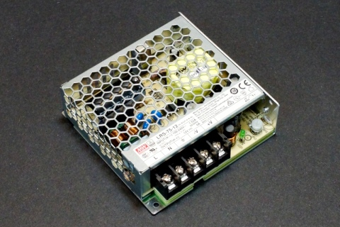 Breadboard Power From ACDC Power Supply