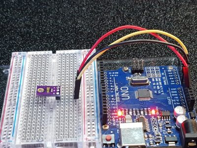TEMT6000 Ambient Light Sensor Module - In Operation