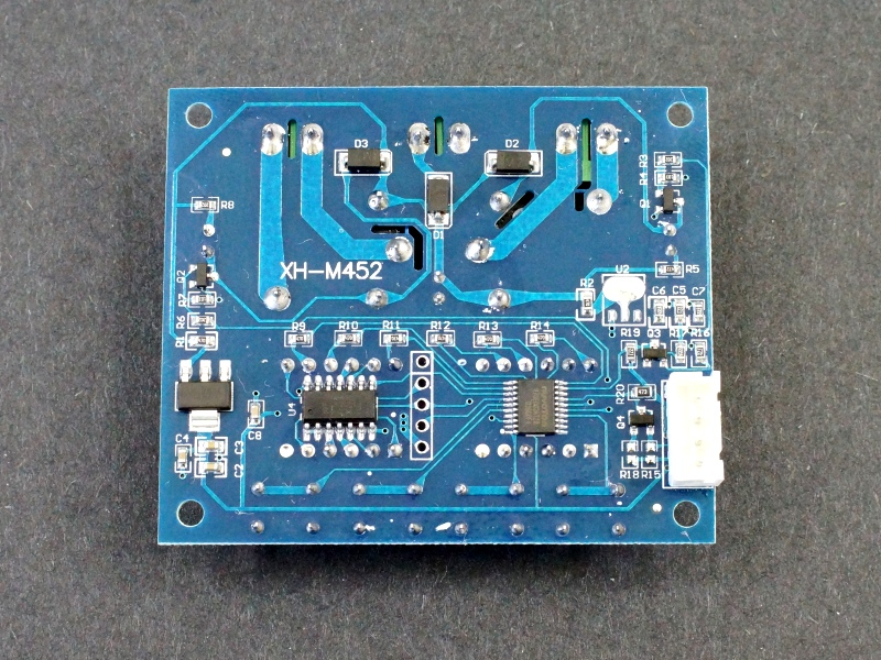 XH-M452 Dual Digital Temperature Humidity Controller - Back