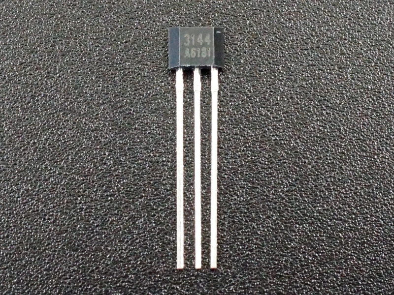 3144 Digital Hall Effect Sensor - Front