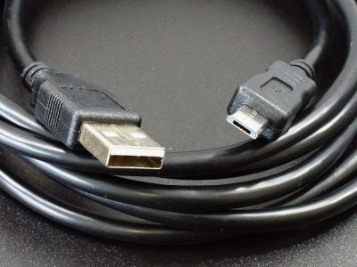 USB 2.0 to Micro-B Cable Black - Connectors