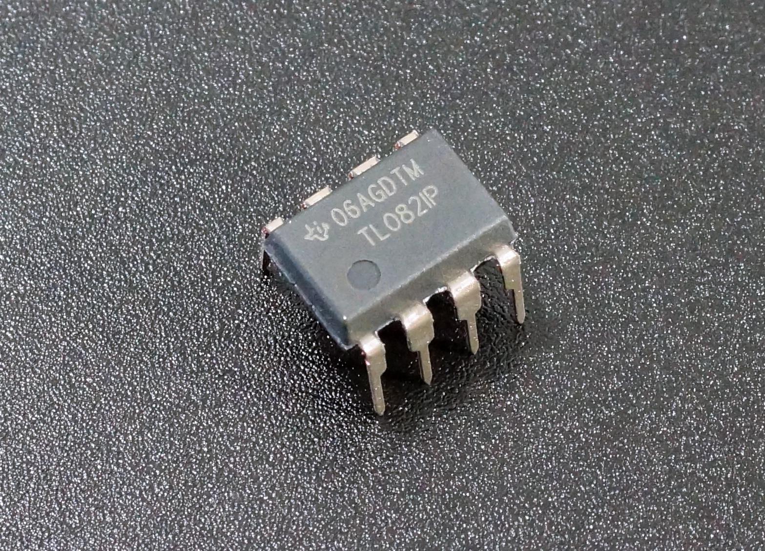 TL082IP Dual JFET-Input Op Amps TL082