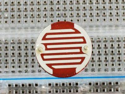 LDR - Light Sensitive Resistor 20mm - Top